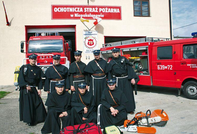Het pater-brandweerkorps van Niepokalanow © OSP Niepokalanow