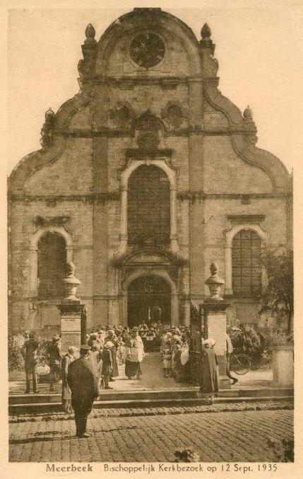 Bisschoppelijk kerkbezoek op 12 september 1935.