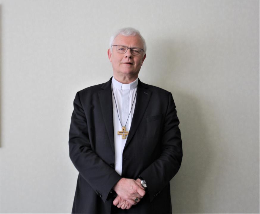 Mgr. Hoogmartens, bisschop van Hasselt.