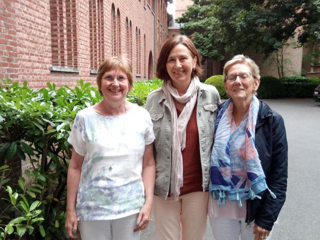 Van links: Hildegarde Vansintjan, Nadja Palomba en Bie Reynaert. © Pax Christi