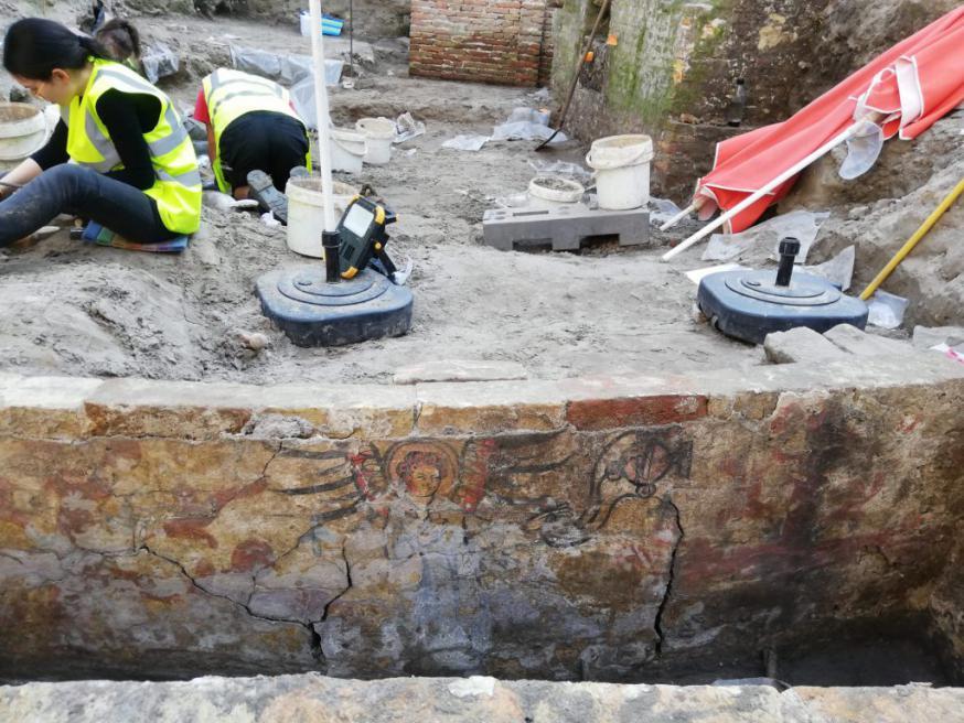 Opgravingen aan het Onze-Lieve-Vrouwekerkhof © Raakvlak