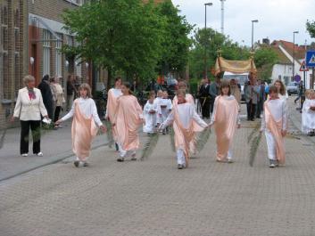 sacramentsprocessie Zuienkerke
