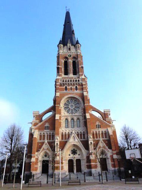 Sint-Willibrorduskerk in Antwerpen aan de Kerkstraat