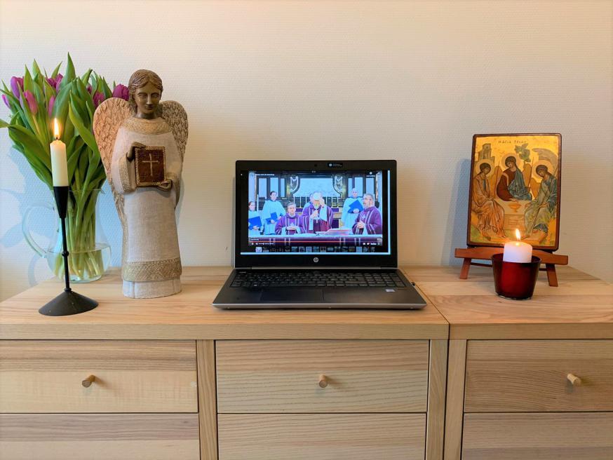 Maak van je woonkamer een plaats van gebed. © ICL/Liturgie.be - foto Pieter Stevens