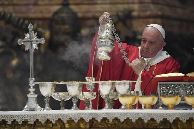 Paus FFranciscus herdenkt de overleden bisschoppen, patriarchen en kardinalen © Vatican Media
