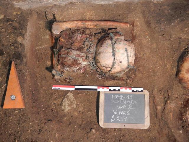 De vondst in situ © Monument Vandekerckhove