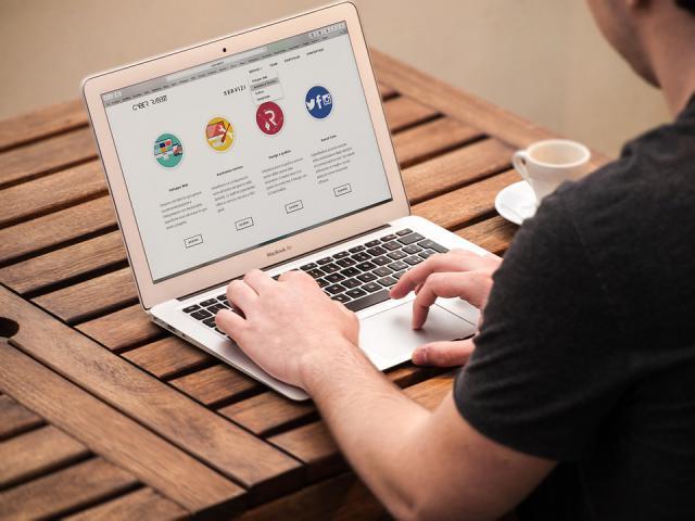 Surf op het web naar interessante sites!