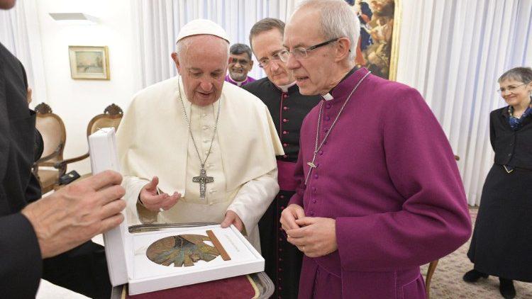 Justin Welby bij paus Franciscus © Vatican Media