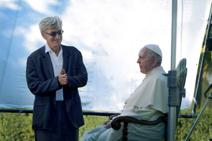 Wim Wenders bij paus Franciscus © Wim Wenders/Vatican Media