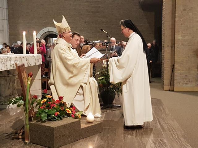 Abdiszegening van zuster Katharina © Ilse Van Halst