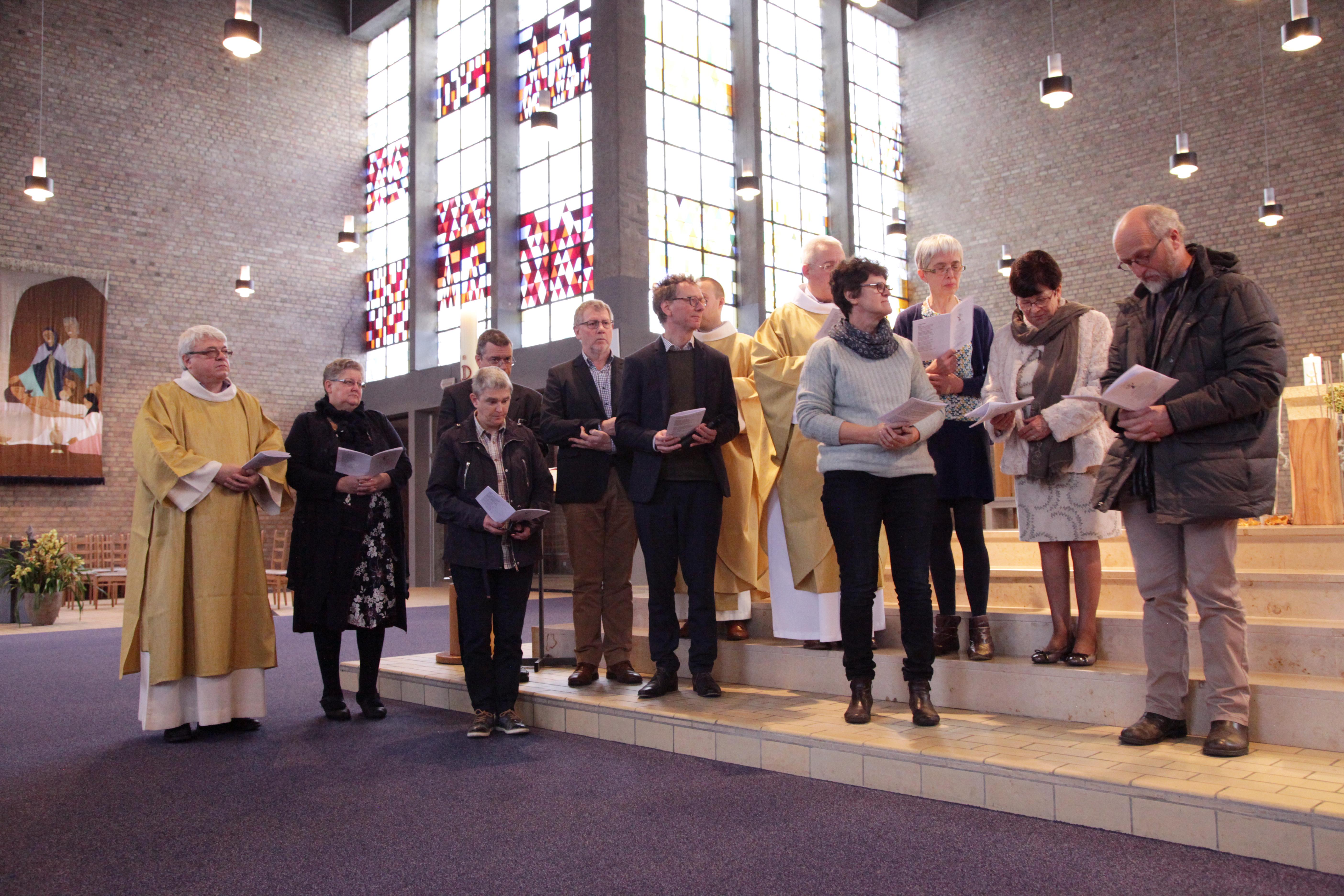 Tijdens de viering spraken de teamleden gezamenlijk hun engagement uit tegenover diocesaan administrator E.H. Koen Vanhoutte